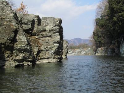 大安吉日、ちょっと早めの長瀞・宝登山のロウバイ詣2011(1)長瀞の岩畳散策&こたつ船で荒川ミニ周遊