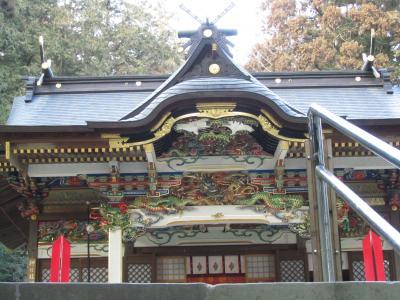 大安吉日、ちょっと早めの長瀞・宝登山のロウバイ詣2011(2)宝登山神社(山頂の奥宮と、改修すんで美しくなった社殿)ほか