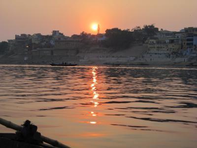 ハローインド2011(3)バラナシでのんびり~「母なるガンジス川」