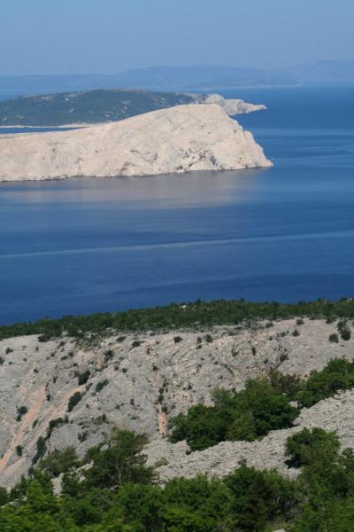 クロアチアの旅ー12 路線バスで海岸を北上し「リエカ」へ