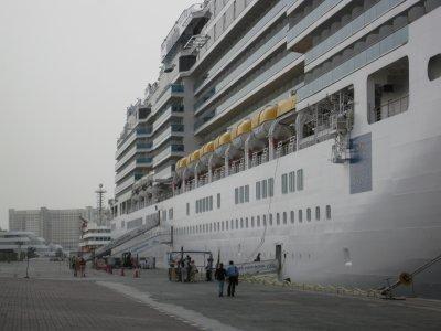 新婚旅行はイタリア船でアラビアンクルーズ (3)二日目のドバイ、そしていよいよ出港!