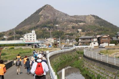 高瀬富士・ミニ88ヶ所巡りと昔ながらの鍛冶屋さん