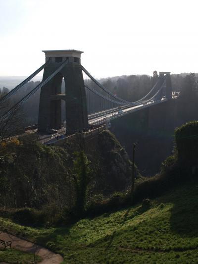 イングランド ~ブリストル 美しい教会、カナル、クリフトン吊り橋、次回はきっとBalloon Frestival に。