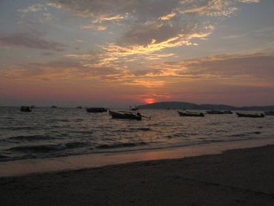 もうひとつのタイ、海でゆったりバカンス−『クラビ』