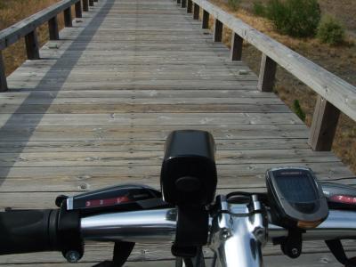 自転車でウロウロ…~大井川を走る・④世界一の長さを誇る木造歩道橋・蓬莱橋~