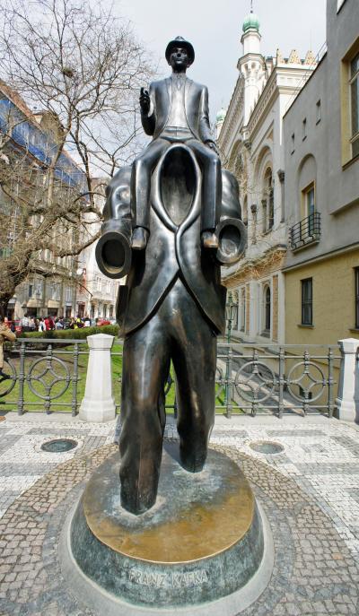 中欧3都市周遊の旅プラハ(8)旧市街広場からユダヤ人地区の5つのシナゴーグを巡り、ゲットーにゴーレム人形を探す。