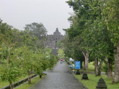 ジャワの歴史に会いに行く。インドネシア2(ボロブドゥール)
