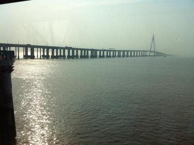 世界最長の大橋と世界最大のマーケット義烏(Yiwu)