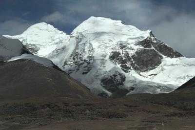 チベット、ラサへ  3 青蔵鉄道の終点、ラサ駅まで