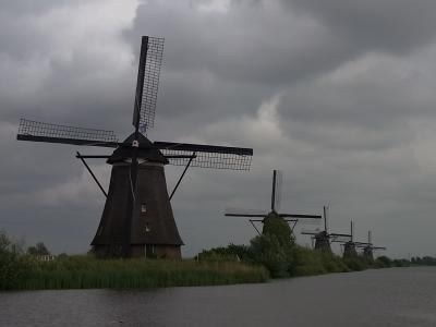 パリからタリスでオランダ・ベルギーへ②水上バスでキンデルダイクへ
