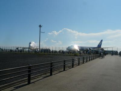 ANAの最新鋭機787が中部空港へ