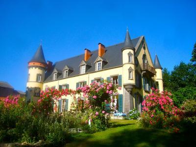 クレモンフェランとシャトーホテル Clermont-Ferrand