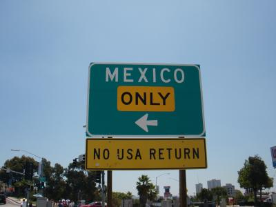♪♪11年07月21日(木)メキシコ入国!ティファナへっ!
