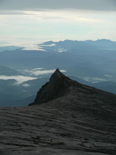 キナバル山登山 標高4,000mにチャレンジ