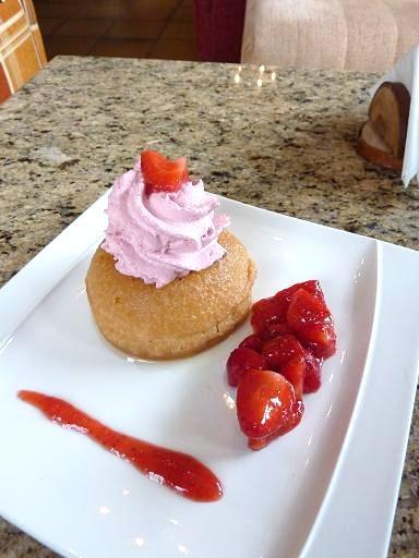 モンブランドライブ【C07】ケーキは「ショコラ・フォンダン」と「ラムババ」