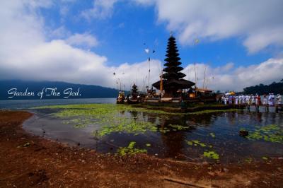 写真で回想:バリ島2011~ウルンダヌ寺院へ~