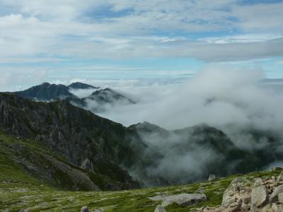 お花と雲海の木曾駒ケ岳登山
