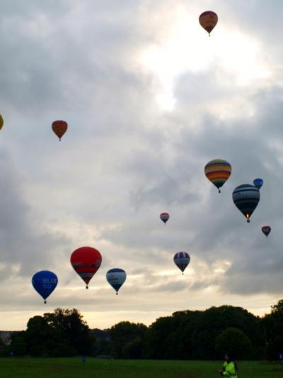 イングランド ~ブリストル Bristol Balloon Fiesta 2011 絵葉書のような光景に感動!