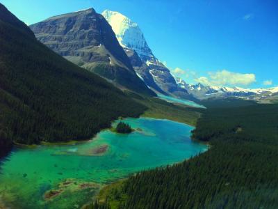天空を駆けぬける鳥となれ!カナディアン・ロッキー最高峰ロブソン山(Mt. Robson)ヘリハイク/キャンプ&トレッキング