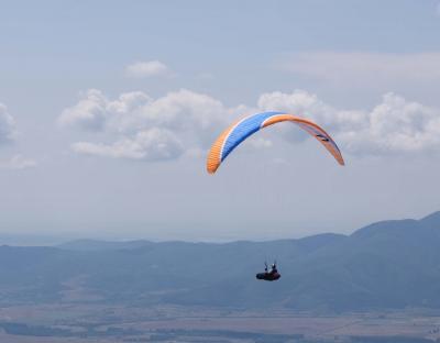 初めてのヨーロッパ旅行はブルガリア パラグライダー大会始まる