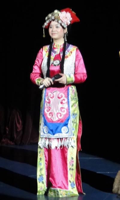 現地オプショナル チベット民族ショー 観賞