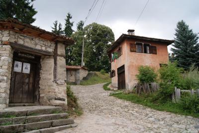初めてのヨーロッパ旅行はブルガリア コプリフシティツァ