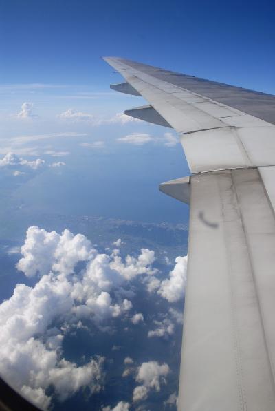 夏の帰国日~広州発関空直行便から雲・雲・雲!