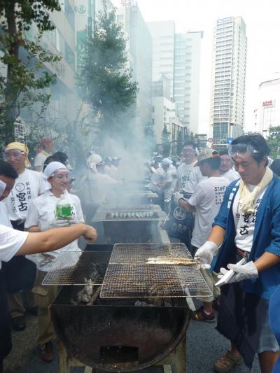 宮古産さんま7000匹! 『 目黒のさんま祭り 』 2011