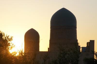 20110801-0801  サマルカンド  シャーヒズィンダ廟群の朝焼け
