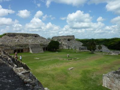 その13、2011盛夏・マヤ遺跡の旅 : Los Hilos ~糸~、縦と横と織り成す綾と / メキシコ・カバー遺跡