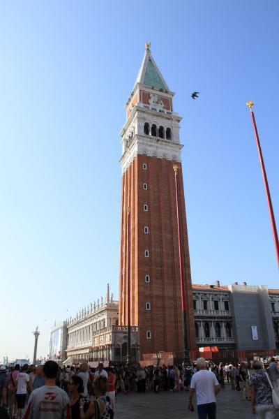 子連れ旅行 イタリア・ヴェネツィア 自由気ままに街歩き1「イカスミパスタ食って、ゴンドラ乗るぞ」