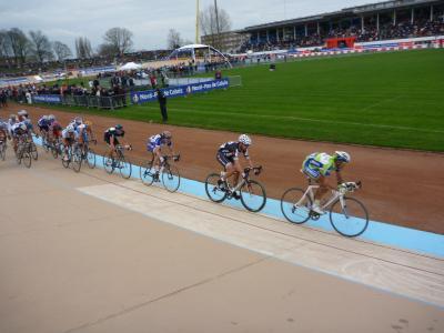 ベルギー・フランス自転車レース観戦&オランダ音楽旅行8  (パリ~ルーベ編)