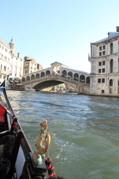 子連れ旅行 イタリア・ヴェネツィア 自由気ままに街歩き2「イカスミパスタ食って、ゴンドラ乗るぞ」