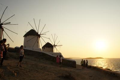 幸せな顔がいっぱいのギリシャ・( ̄∀ ̄)・②迷路のような路地が素敵なミコノス島に感激編(youtube)