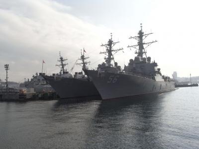 横須賀遊覧船での米軍基地・自衛隊基地めぐり