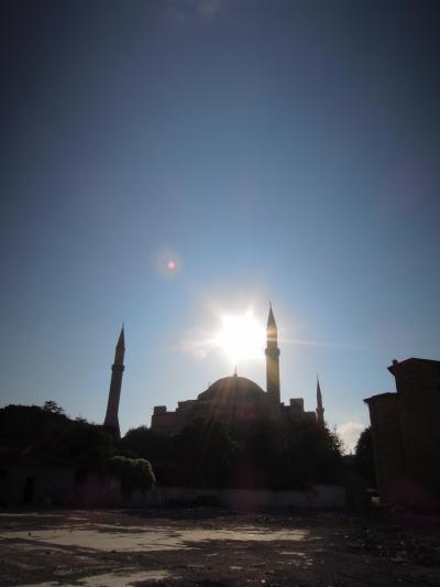 トルコ,クロアチア,フランス/マイレージの旅*10泊12日『1日目*イスタンブール』