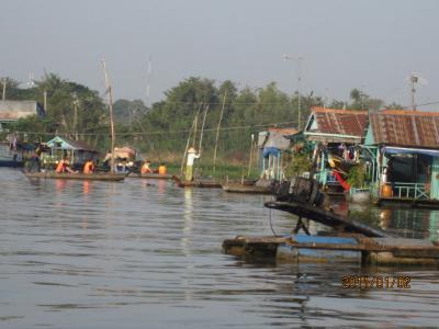 アジアハイウェイの源流を訪ねて(107)再びのメコン「水上生活者」。