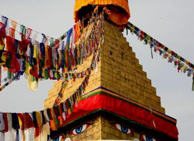ネパール カトマンズ・ポカラ・チトワンへバスの旅