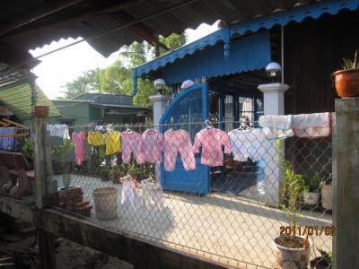 アジアハイウェイの源流を訪ねて(111)チャム族の住居。
