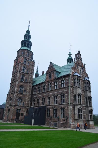 2歳子連れ11年ぶりのラトビア、そして北欧へ 05 デンマーク ローゼンボー城