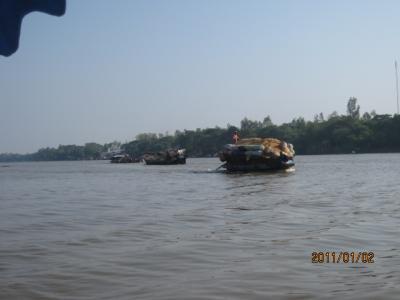 アジアハイウェイの源流を訪ねて(112)メコン川沿岸の風景。