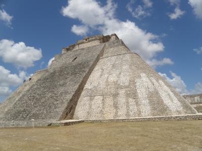 2011.GW メキシコで遺跡三昧♪ ③(ウシュマル・カバー)