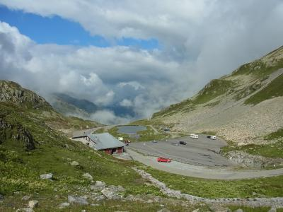 2011年スイス(11) 「スーステン峠」~結構、氷河を近くに見られます