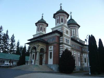 ブルガリア・ルーマニア8日間~5日目~シナイヤ僧院~