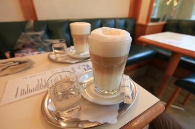 【欧州旅行6日目】 ○ ザルツブルクの喫茶店 「Fiirst」