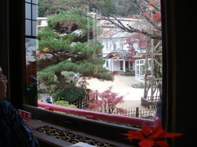 現天皇陛下が召し上がった「カレー伝説」と箱根駅伝の時に応援している人に振舞っている「温泉シチューパン」が食べてみたくて ―富士屋ホテルに宿泊する小田急ロマンスカーVSEで行く初冬の箱根路、グルメ旅― その3