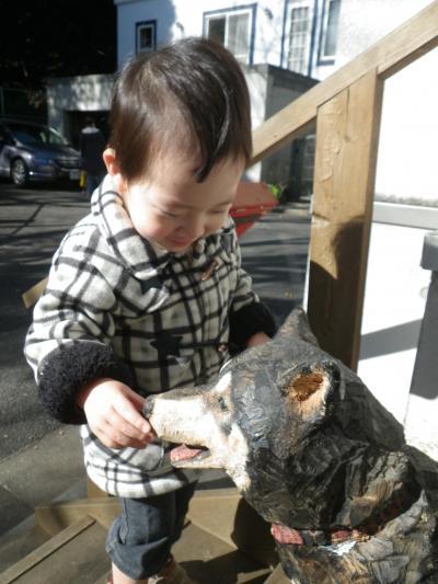 【かーくん 02歳08ヶ月】 彫刻家はしもとみおさんの展示会に行ってきたヨ