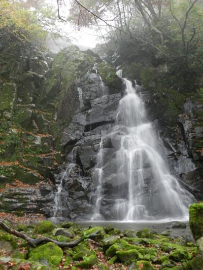 神鍋渓谷公園にかかる『一ツ滝』と『二ツ滝』◆2011年秋・兵庫県北部の滝めぐり≪その5≫