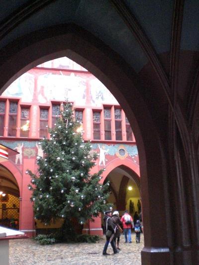 クリスマスマーケットがやってきた!⑤ バーゼルは雨だった