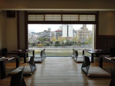 料理はもちろん部屋から見える景色も素敵な料理店